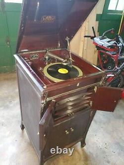 1913 Victrola VV-XIV Victor Record Player, restored, working, pick up or deliver