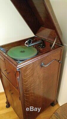 1914 Antique Oak Victor Victrola VV-XI Phonograph Record Player