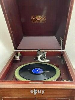 1915 VV-XI Victor Victrola Antique Phonograph Cabinet Record Player Restored