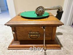 Antique 1912 Columbia Graphophone Wind-Up Oak Victrola Phonograph Record Player