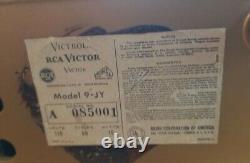 Antique 1940s Rca Victor Victrola Model 9-Jy Record player machine Nipper Rare