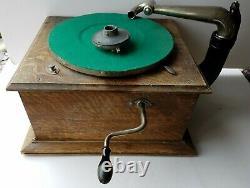 Antique VICTOR VICTROLA VV-IV 358121 Record Player TALKING MACHINE