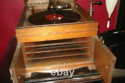 Antique Victor Victrola Talking Machine Record Player VV-IX