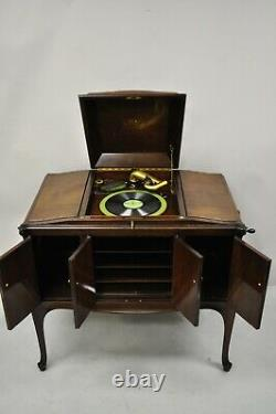 Antique Victorian Victrola VV-300 Phonograph Talking Machine Record Player 27551