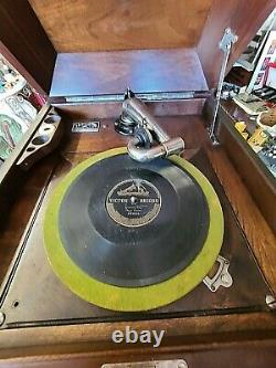Antique Victrola Victor Record Player with records Circa 1900-40' We Ship