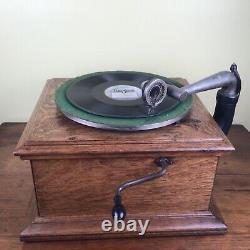 Antique Walnut Victor Victrola VV-VI Record Player Talking Machine Works