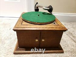 Antique Working 1919 VICTOR VV-IVA Hand Crank Victrola Record Player Phonograph