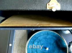 BLUE RCA VICTOR PORTABLE 78 rpm RECORD PLAYER SUITCASE VICTROLA NICE ORIGINAL
