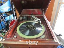 Edison Gramophone Victrola record player