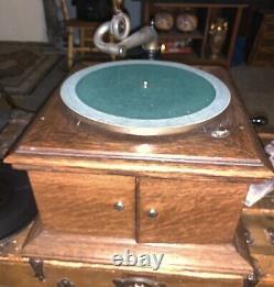 RARE Working Original Antique 1917 Victor Victrola VV-VI Table Top Record Player