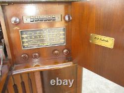 RCA VICTROLA #V 215 MAGIC BRAIN radio/record player 3 band ANNIVERSARY 1942 WWII