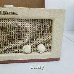 RCA Victor Victrola 8-EY-3 KE 45 Watt 115 V Record Player Lift Rift Blonde/Brown