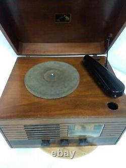 RCA Victor Victrola Radio/Record Player Model V 100 circa 1939/40