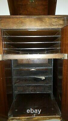 VV-80 Victor Victrola Antique Phonograph Cabinet Record Player