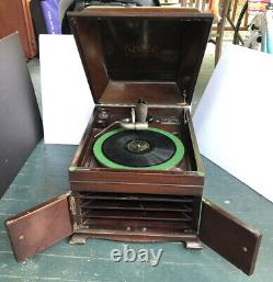 Victor Talking Machine Co. Victrola record player antique VV-IXa 1904 Works