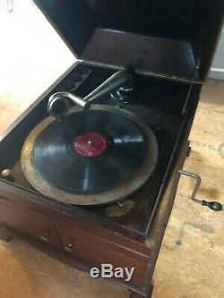 Victor Victrola Talking Machine Phonograph VV-IX Hand Crank Record Player -Works