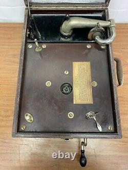 Victor Victrola Talking Machine VV-50 Portable Phonograph Record Player