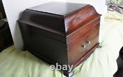 Victor Victrola Talking Machine VV-IX Hand Crank Record Player -Great Condition