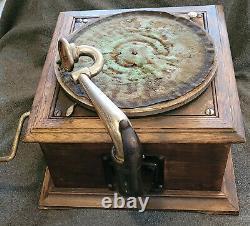 Victor Victrola VV-VI Talking Machine Record Player Works Parts or Restoration