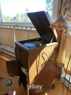 Victor Victrola Vv-xi Antique Phonograph Floor Cabinet Model 1915 Record Player