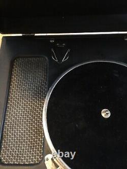 Victrola 02 Phonograph Vtg Model 02 Black Suitcase Portable 1940s Record Player