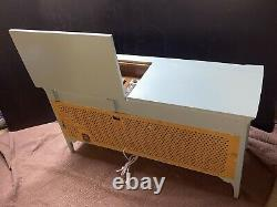 Victrola RCA Victor Stereo/Record Player WITH BLUETOOTH ADDED