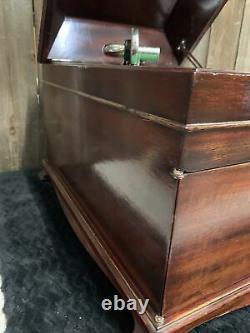 Victrola Talking Machine Disc Phonograph VV-IX Hand Crank Record Player Working