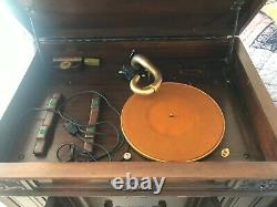 Victrola phonograph cabinet record player