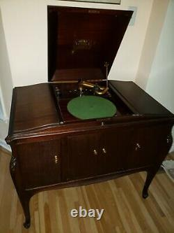 Vintage Victrola by Victor Talking Machin VV-300 1921 Record Player Phonograph