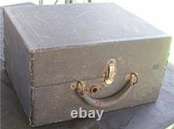 Vtg Regal Portable Phonograph Victrola Record Player Wind Up Crank + 6 Records