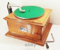 Vtg antique RCA Victor victrola VV-V1 crank phonograph table top record player